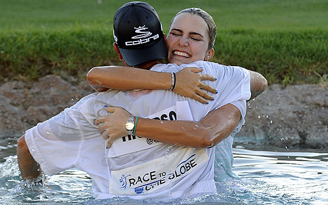 Lexi Thompson celebrates after winning the Kraft Nabisco Championship, her 4th LPGA Tour win. (USATSI)