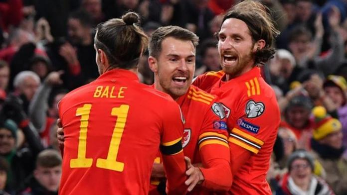 Joe Allen (R) and Aaron Ramsey, along with Gareth Bale, were instrumental in Wales' 2016 Euro success and qualification for Euro 2020