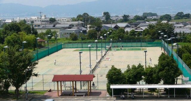 弾正テニス(トリミング)