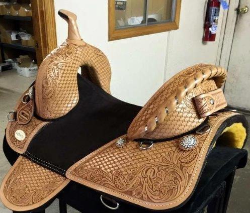 FULLY TOOLED SQUARE SKIRT BARREL RACER