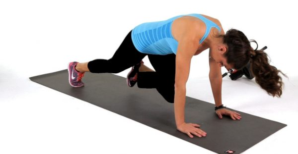 How to Do a Mountain Climber Plank
