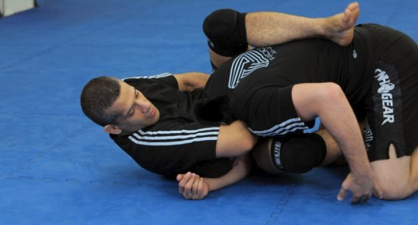 How to Do a Rolling Sleeper Guillotine