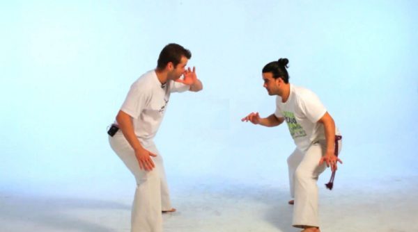 How to do the gancho in Capoeira