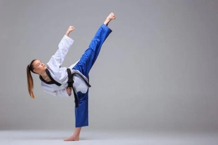 Master the Side Kick in Taekwondo