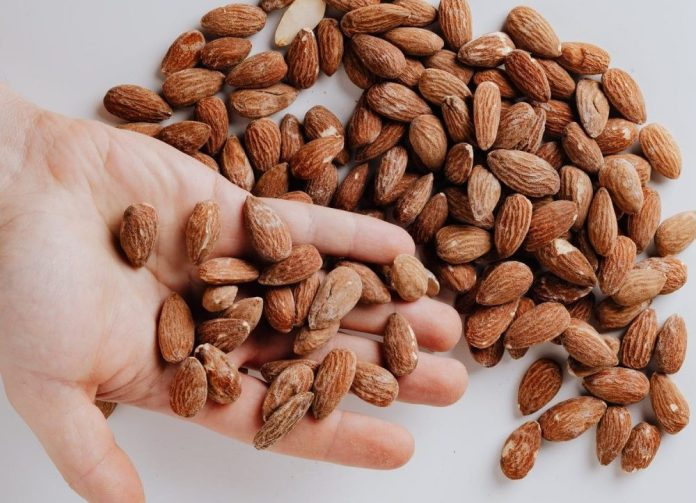 Almonds to lose weight