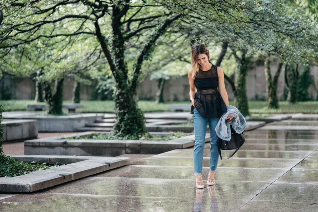 Black Sleeveless Eyelet Peplum Blouse, Raw Hem Straight Leg Jeans, Valentino Rockstud Pumps, Chicago Fashion Blogger