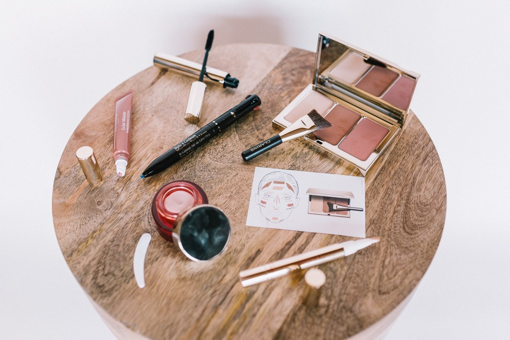Blogger Mary Krosnjar and her 10 Minute Beauty Routine with Clarins