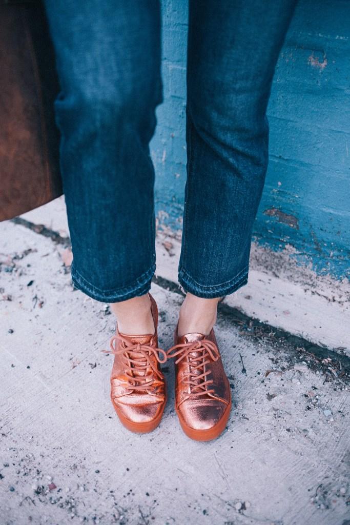 Blogger Mary Krosnjar wearing cropped j.crew denim and ASOS Metallic Sneakers