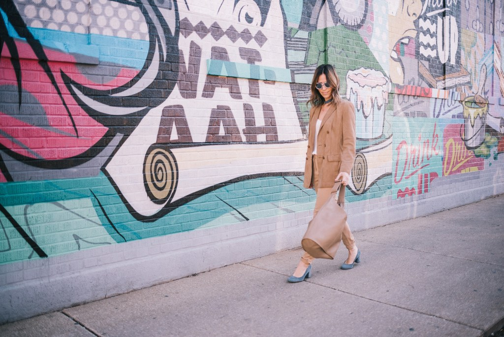 Blogger Mary Krosnjar wearing Whitney Naturalizer Pump and Pantsuit Nation