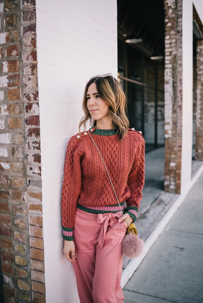 Blogger Mary Krosnjar wearing Lace Storets Sweater and Pink Cropped Pants