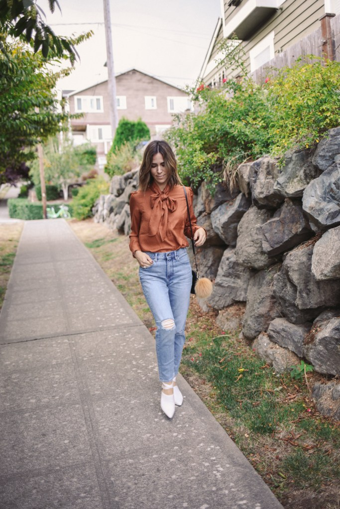 Blogger Mary Krosnjar wearing Tie Neck Blouse from Ann Taylor and Naturalizer Holland Shoe