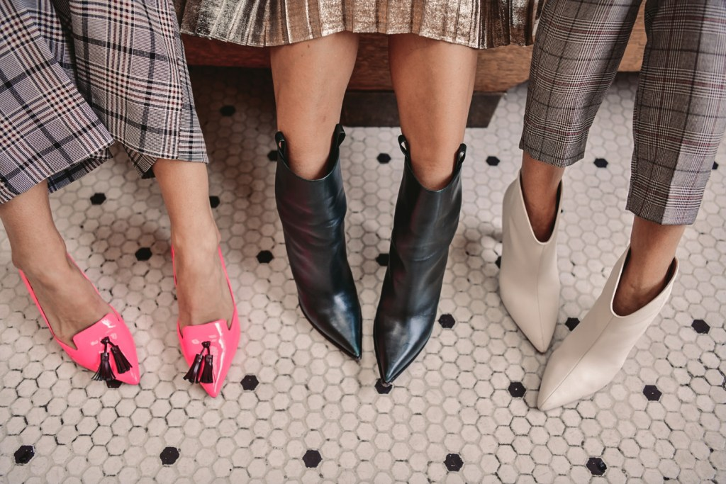 Blogger Mary Krosnjar wearing Banana Republic Pink Patent Pumps and White Leather Booties