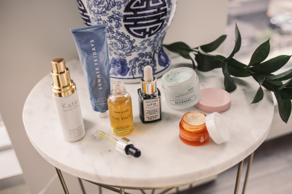 Blogger Mary Krosnjar and Sephora Beauty Insider Holiday Bonus Sale