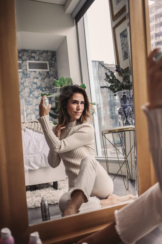 Blogger Mary Krosnjarand DryBar Dry Shampoo