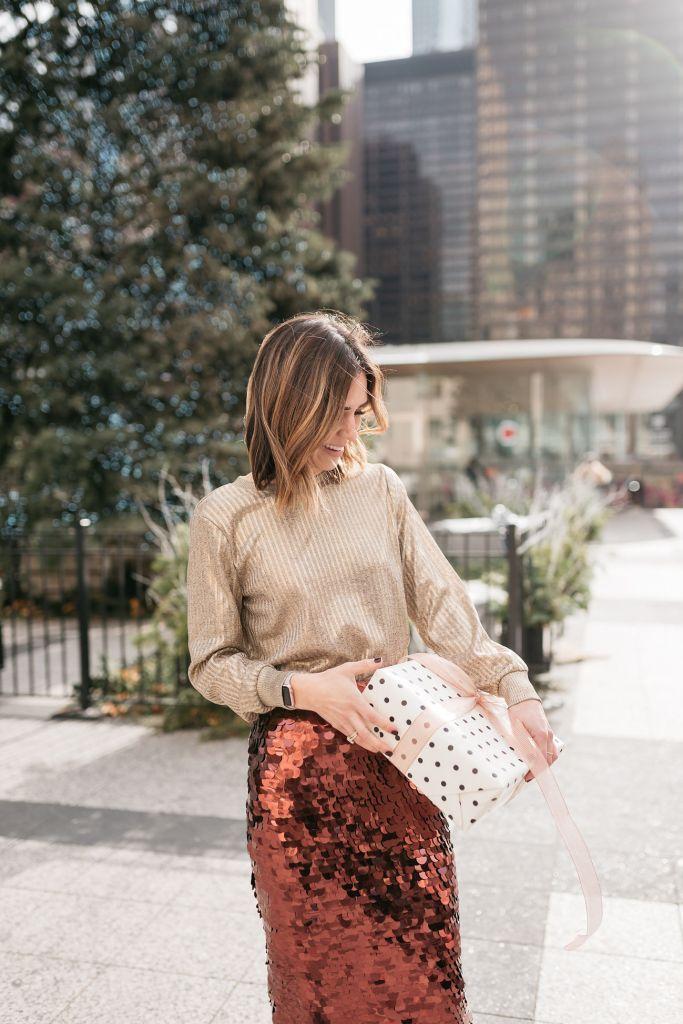Blogger Sportsanista wearing Halogen Paillette Pencil Skirt