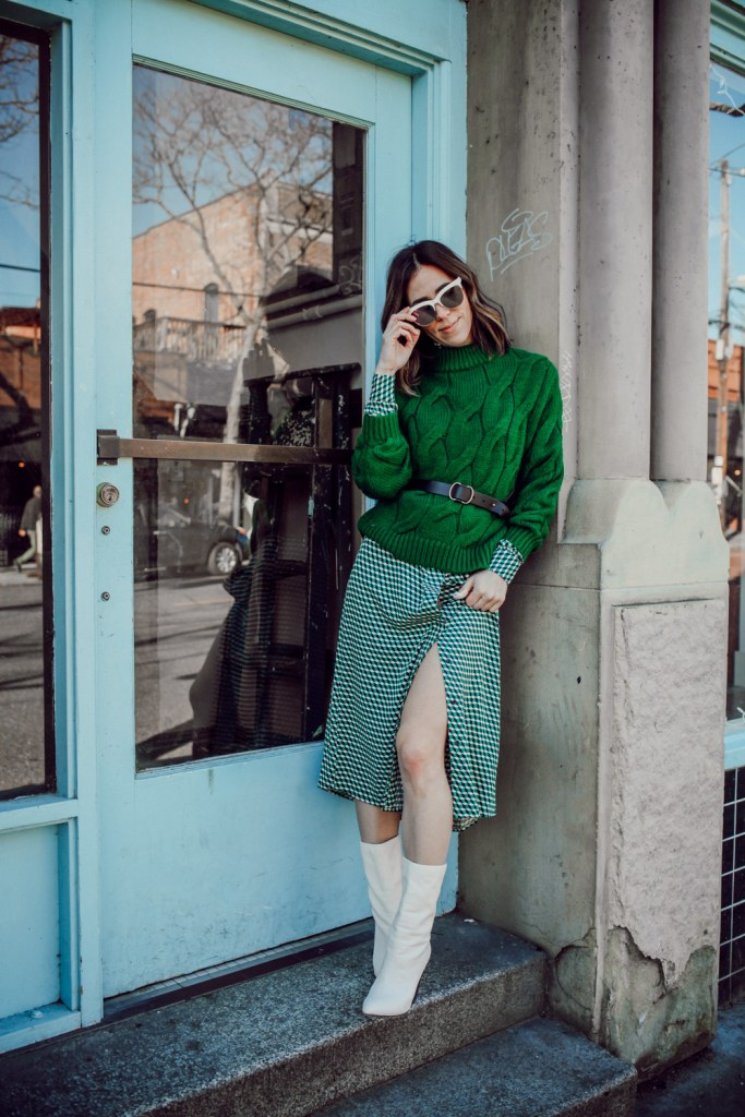 Blogger Sportsanista adding color to my winter wardrobe and H&M green cable knit sweater