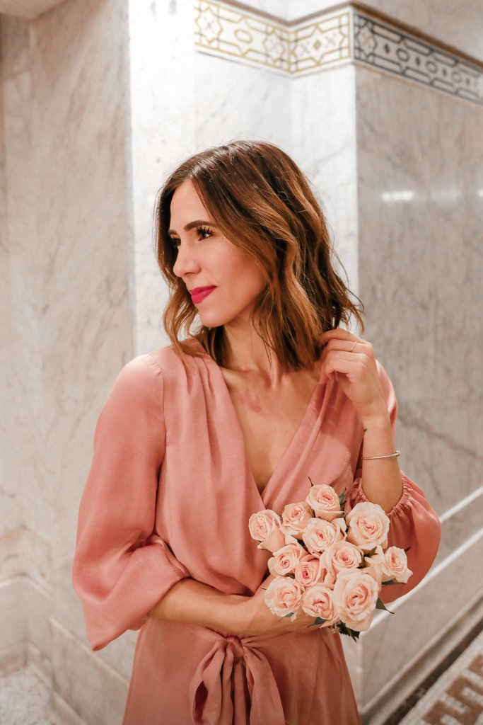 Blogger Sportsanista wearing Gal Meets Glam dress and JOAH Smack-a-ron Matte Velvet Lipstick