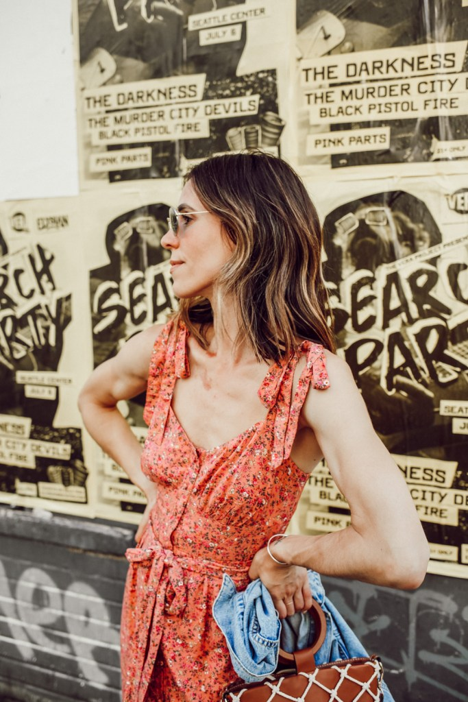 Seattle Fashion Blogger Sportsanista sharing summer floral dress and how to style for summer months
