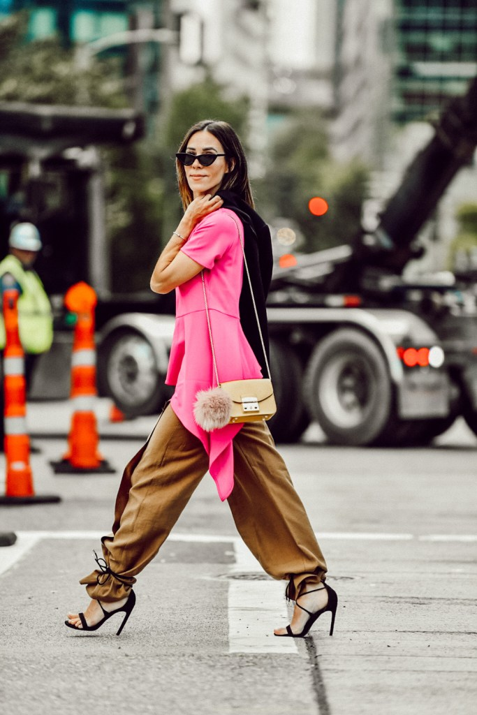 Seattle Fashion Blogger Sportsanista wear Topshop Wide Leg Trousers and Black Suede Strap Sandals
