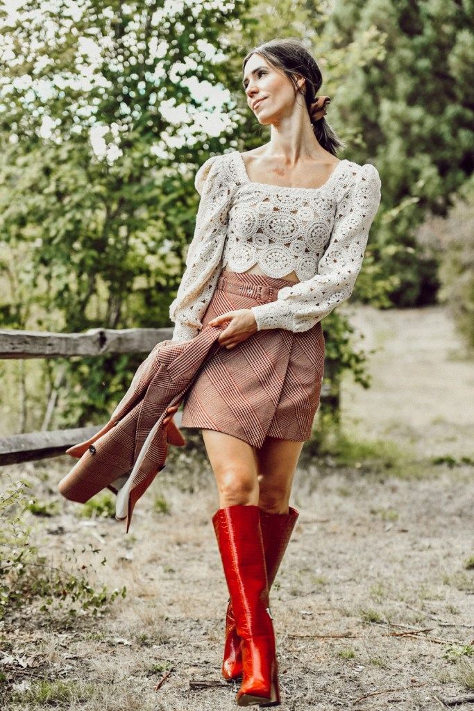 Seattle Fashion Blogger Sportsanista wearing Zara Lace Crop Top, H&M Plaid Skirt with Belt and Red Boots for Fall