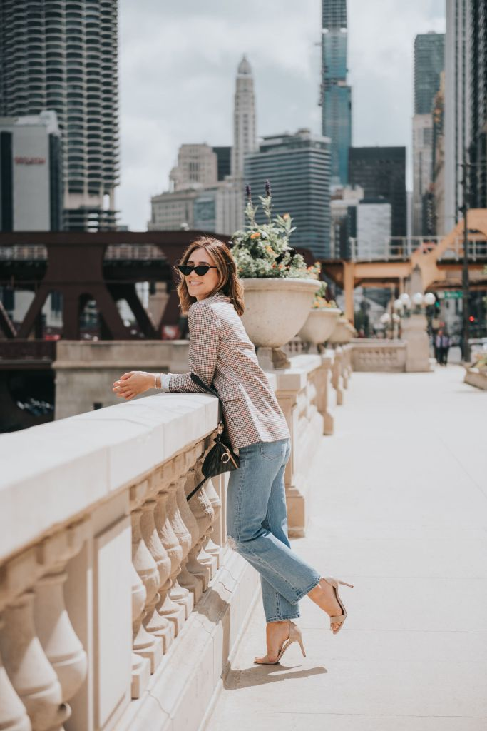 Seattle Blogger Sportsanista wearing H&M Fall Plaid Blazer and Levi's Rib Cage Denim