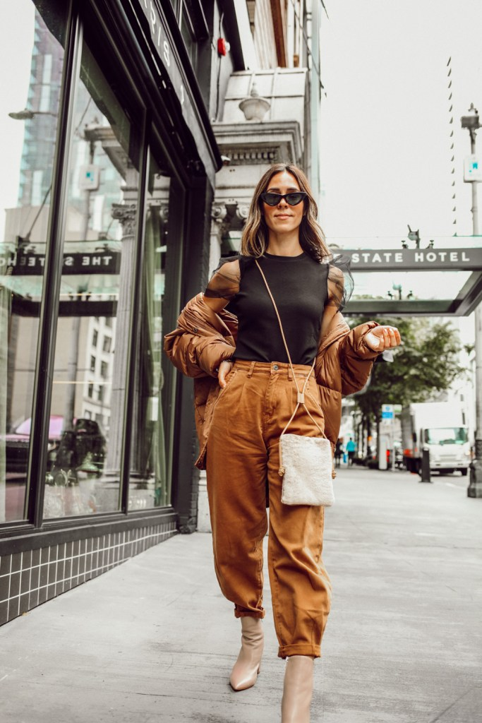Seattle Fashion Blogger Sportsanista wearing Zara Baggy Jeans and Organza Sleeve Top