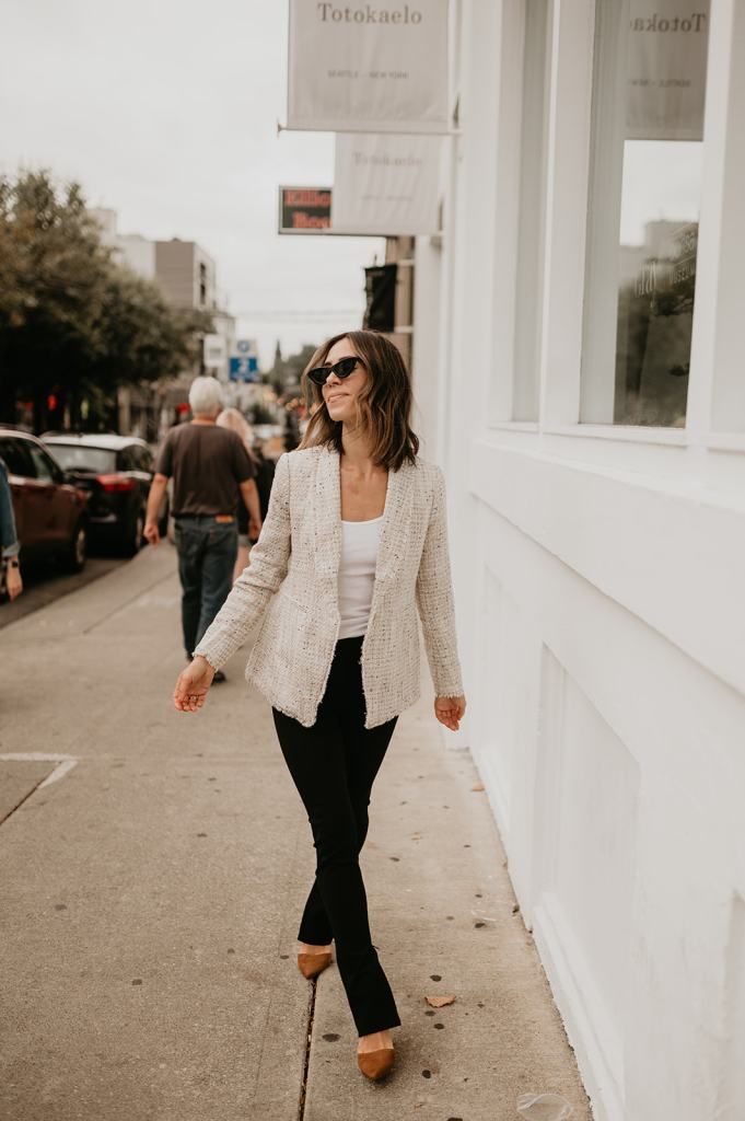 Seattle Fashion Blogger Sportsanista wearing Ann Taylor Tweed Blazer and Black Leggings for work