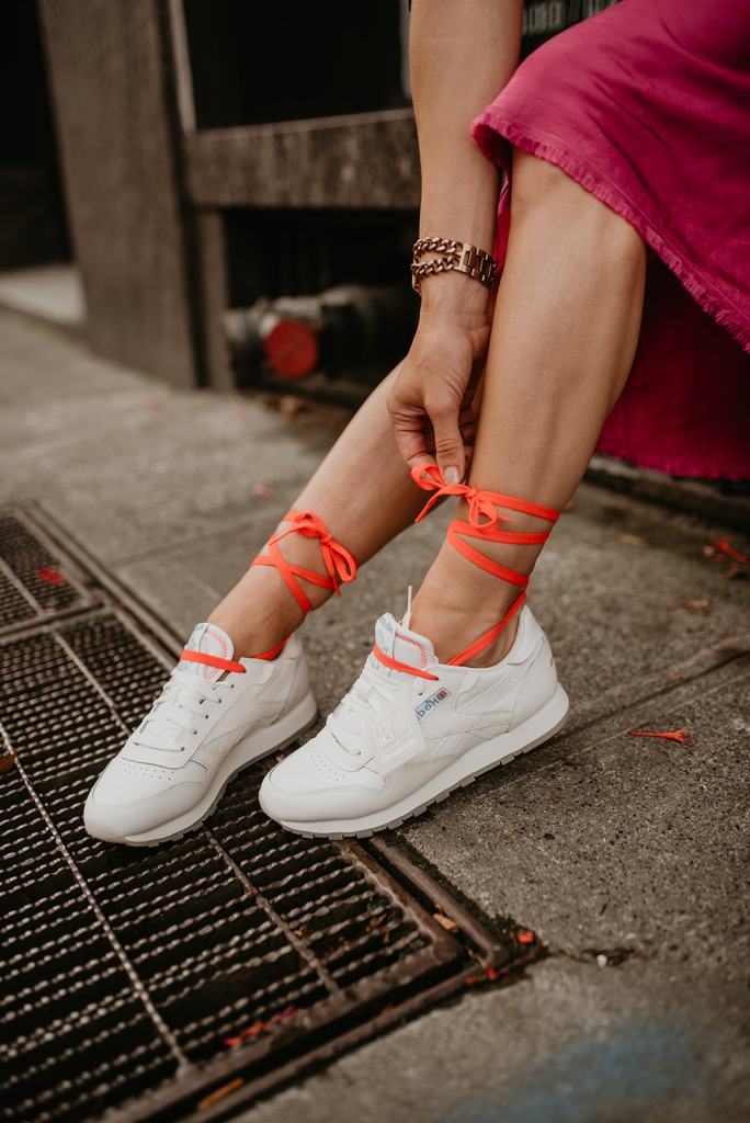 "Seattle Blogger Sportsanista wearing Women's Reebok Classic Sneakers ""Its a mans world"""