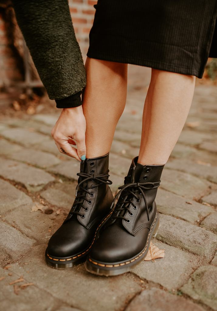 Blogger Mary Krosnjar sharing how to style Dr. Marten boots with a dress