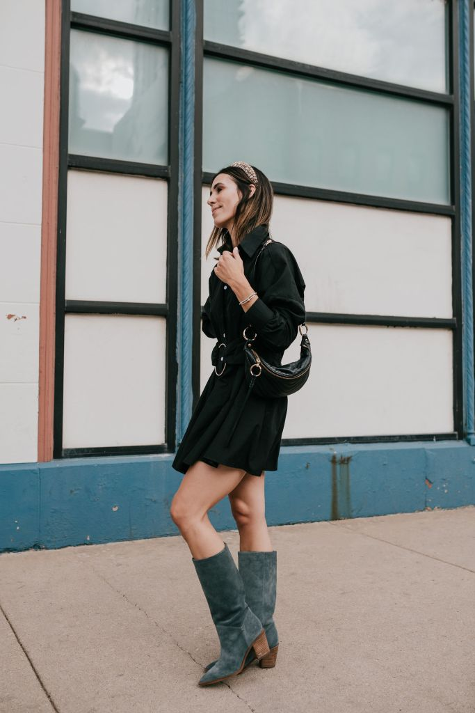 Seattle Blogger Sportsanista styling a black shirt dress and rhinestone padded headedband