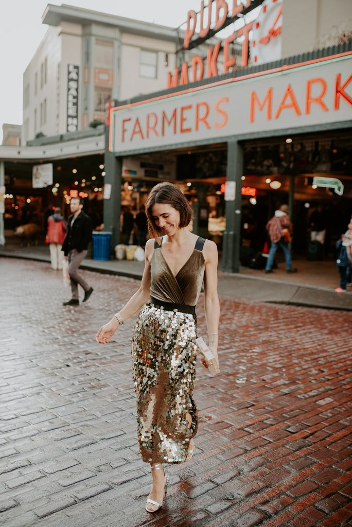 Blogger Mary Krosnjar wearing French Connection Sequin Skirt and Baily 44 Velvet Top