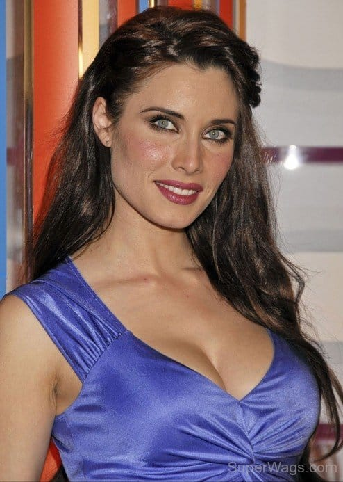 Pilar Rubio - Hottest WAGs Of Footballers