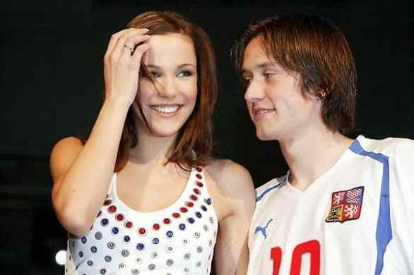 Radka Rosicky - Hottest WAGs Of Footballers