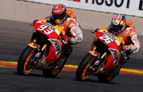 grand prix motorbike racers