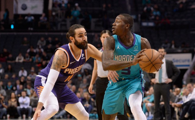 Charlotte Hornets at Phoenix Suns odds, picks and best bets