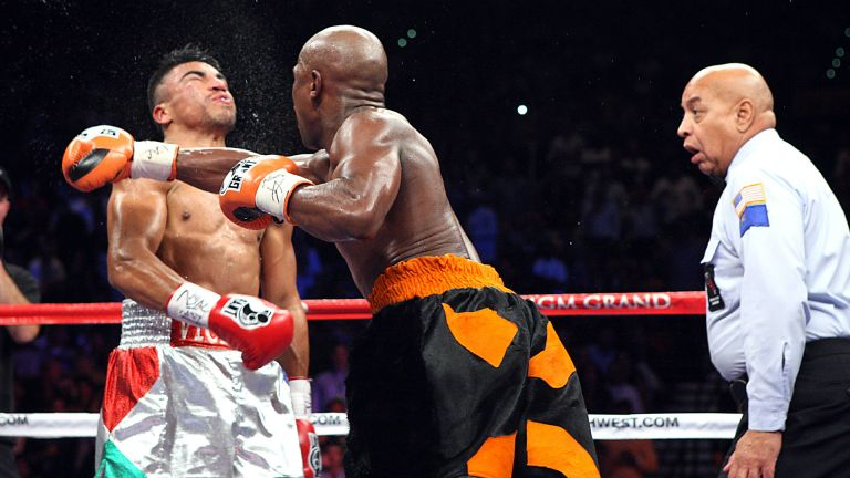Conor McGregor vs. Floyd Mayweather Preview 2