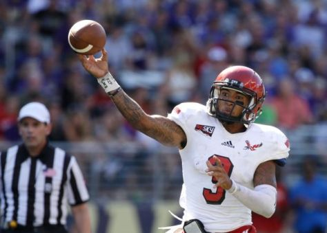 Vernon Adams leads Eastern Washington against fellow Big Sky member Montana on Saturday (AP Photo)