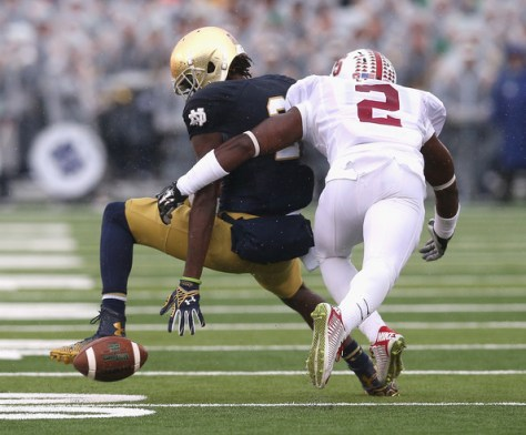 Wayne Lyons defending Notre Dame's Chris Brown in 2014 (Jonathan Daniel/Getty Images North America)