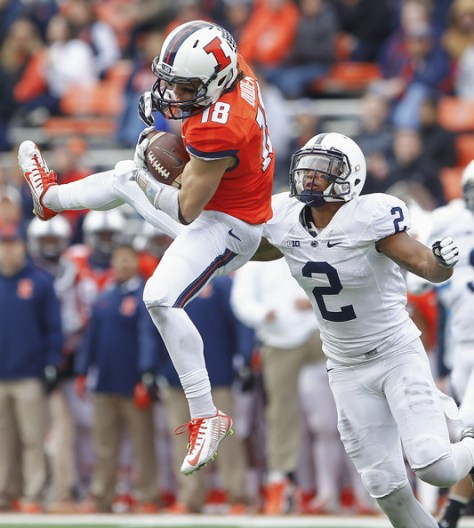 Mike Dudek makes a catch against Penn State in 2014 (Michael Hickey/Getty Images North America)
