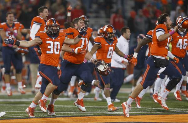 Illinois celebrates their victory, as Nebraska suffers another crushing last-minute loss. ( Michael Hickey/Getty Images North America)