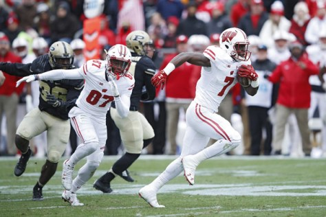 Bradrick Shaw had 2 touchdowns against Purdue including this 33 yarder. (Joe Robbins/Getty Images North America)