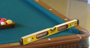 Lavel a pool table