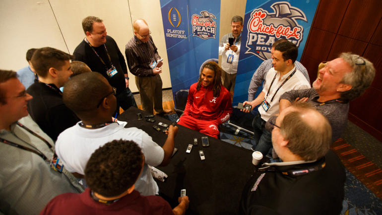 How Jalen Hurts Life Has Changed As Alabamas Celebrity