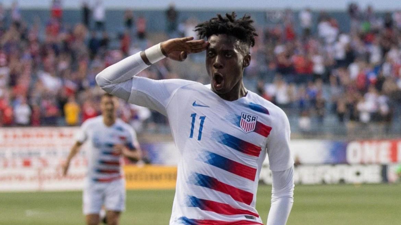 Ο Τίμοθι Γουεά πανηγυρίζει το πρώτο και μοναδικό του γκολ με την εθνική των ΗΠΑ!