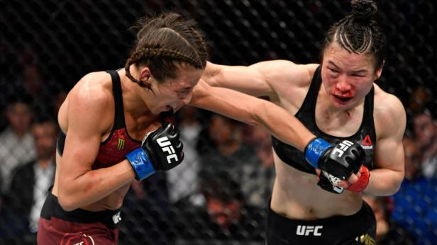 UFC 248 results, highlights: Weili Zhang retains strawweight title in epic  war with Joanna Jedrzejczyk - CBSSports.com