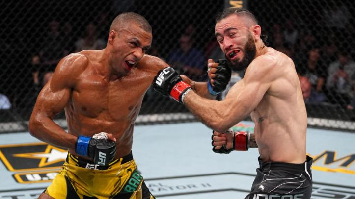 In true Just Bleed fashion, Edson Barboza and Shane Burgos battled to a bloody stoppage | UFC on ESPN 30