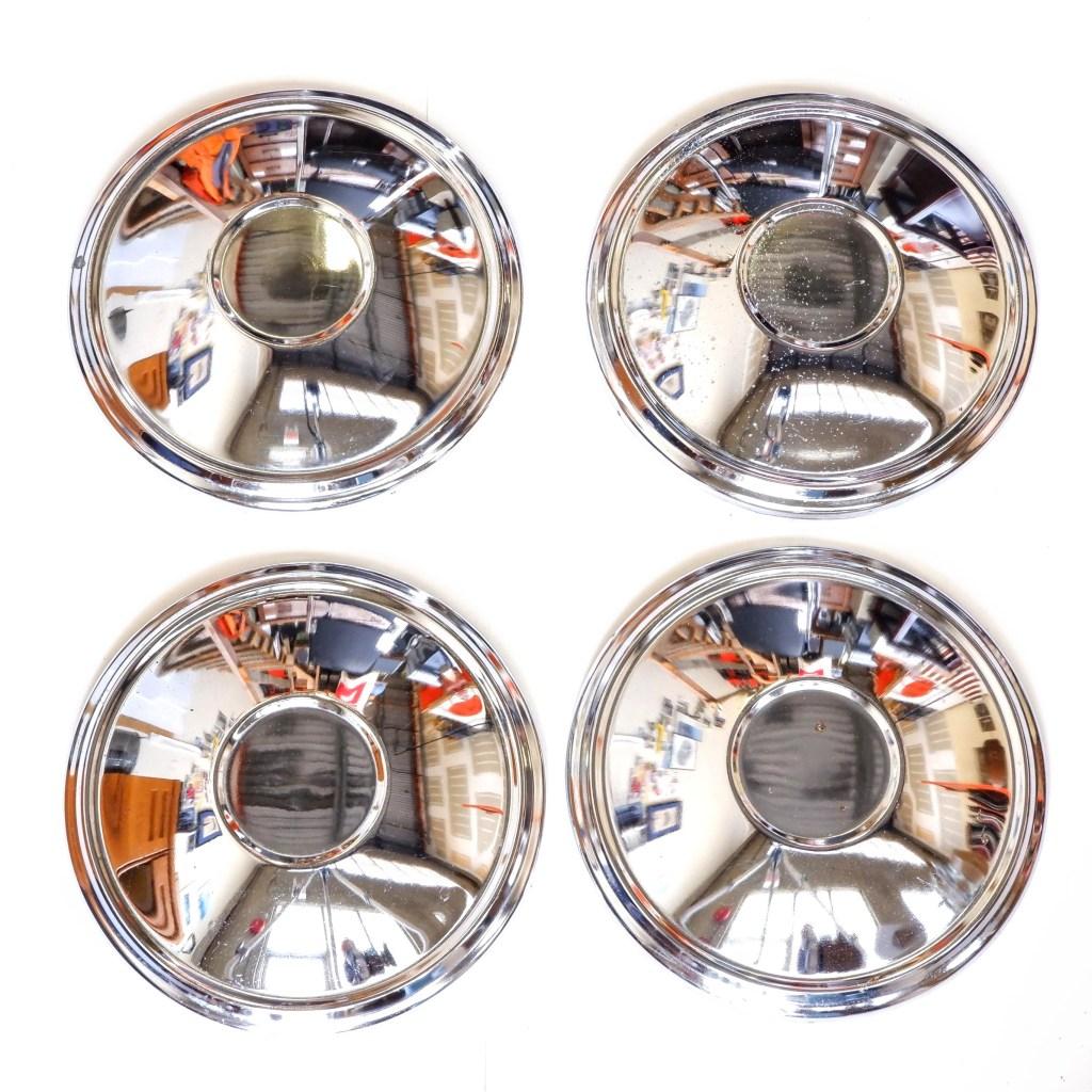 320 & 520 Hub Caps Image