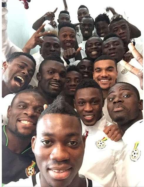 Black Stars Selfie