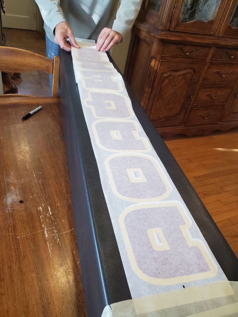 sports-installer-pole-pad-lettering-complete-transfer