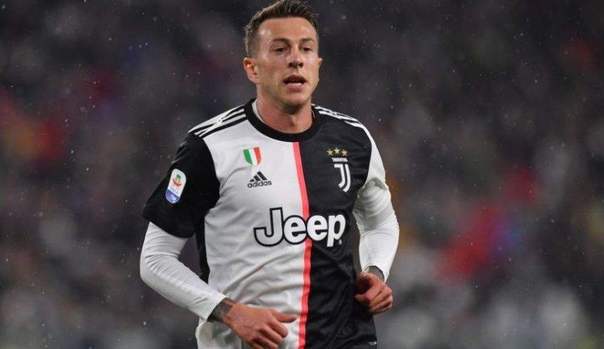 Милан и Јувентус спремаат голема трампа